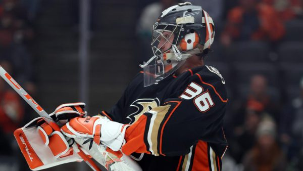 NHL Buzz: Gibson injured, wont play for Ducks against Wild